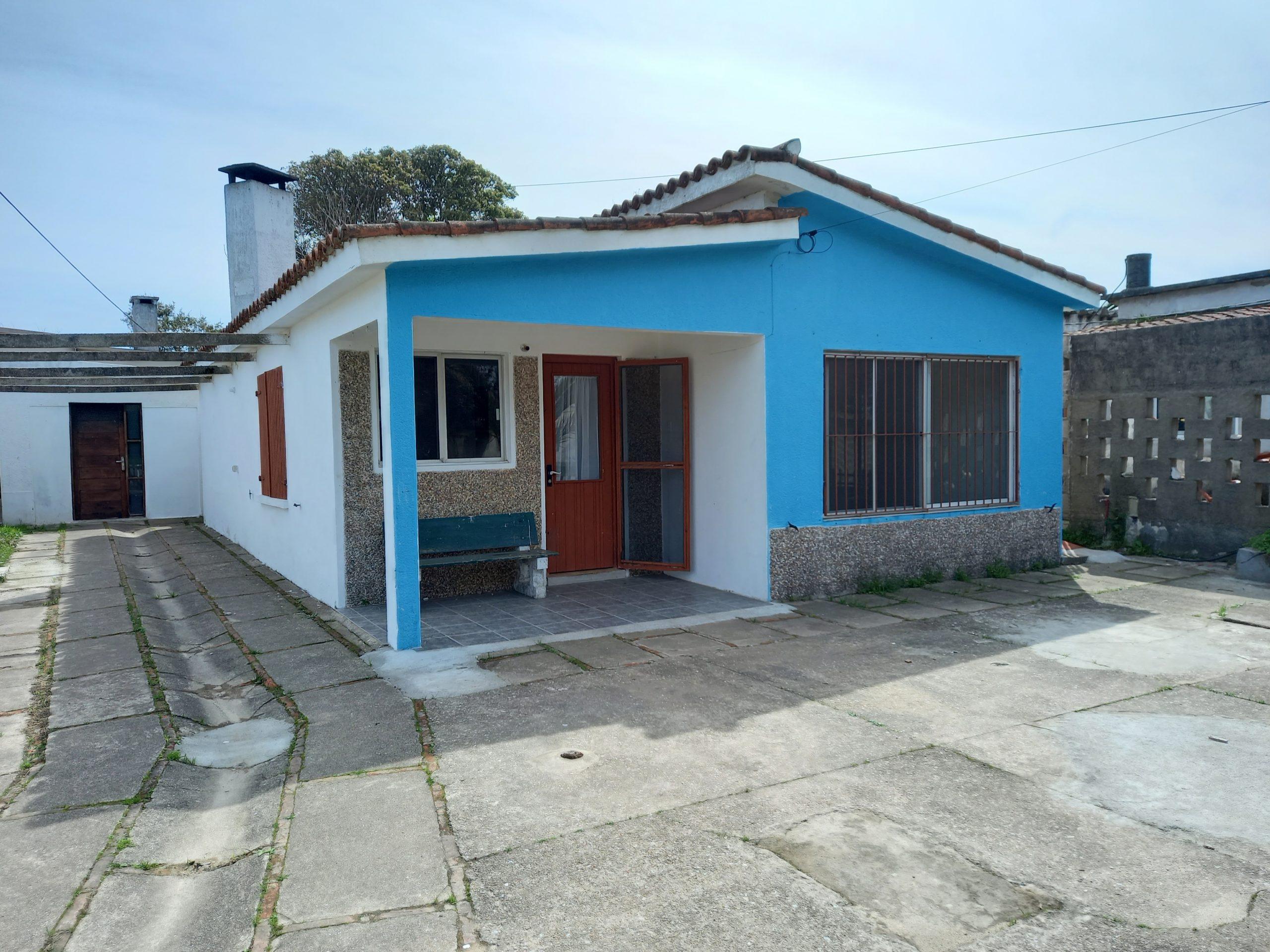 Se vende Casa sobre av Yaneo en Costa Azul