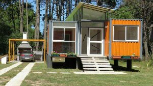 Casa a extrenar, muy moderna y fabricada a partir de contenedores en Anacanda.